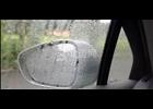 下雨天后视镜和车窗玻璃看不清怎么办?