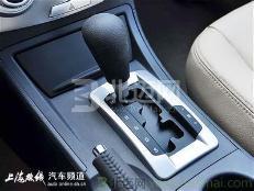奥迪A3排量1.4发动机1.4~双离合变速器箱好?还是北京现代i35排量2.4发动机2.4~手自一体变速箱?哪辆车比较好?